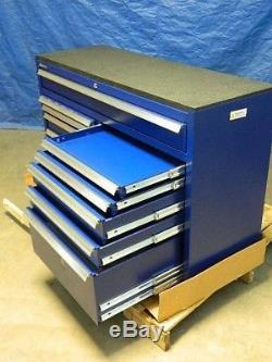 Kennedy Heavy-Duty Tool Box Roller Cabinet 12-Drawer with Ball Bearing Slides