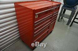 Waterloo Professional Series Rolling 12 Drawer Tool Cabinet 43(L)x41(H)X18(W)